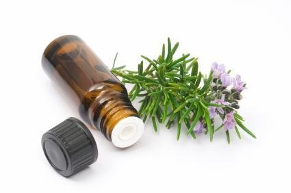 Travel Paleo Tip – Using Essential Oils!