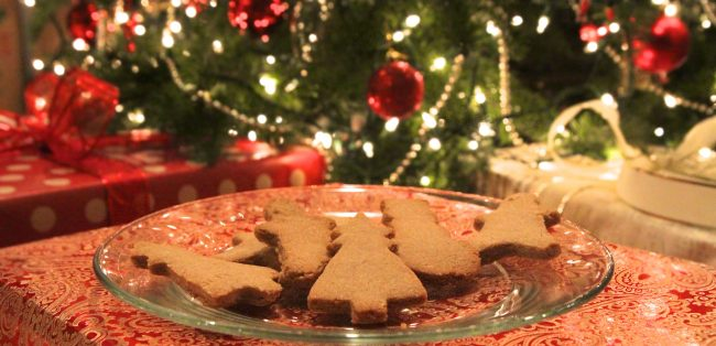 Christmas Cutout Cookies.Paleo Christmas Cutout Cookies