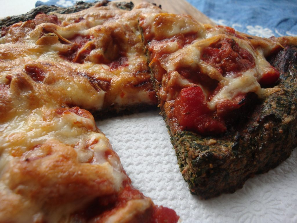 paleo spinach pizza 1