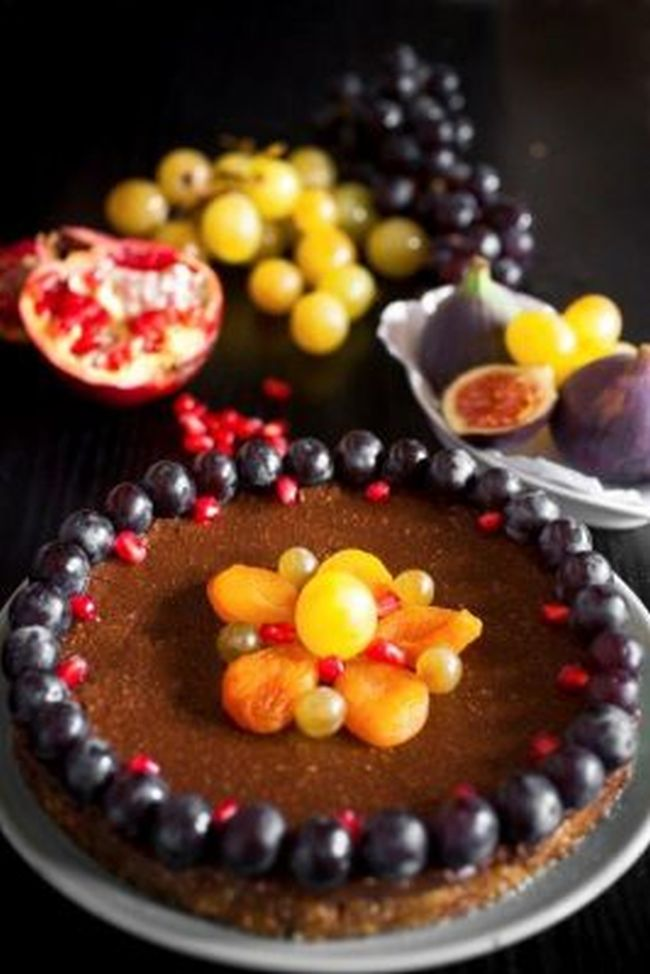 Raw chocolate pie crust