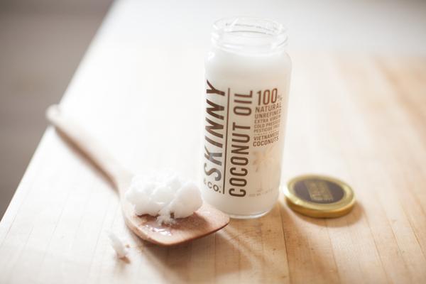 Skinny Coconut Oil and Spatula