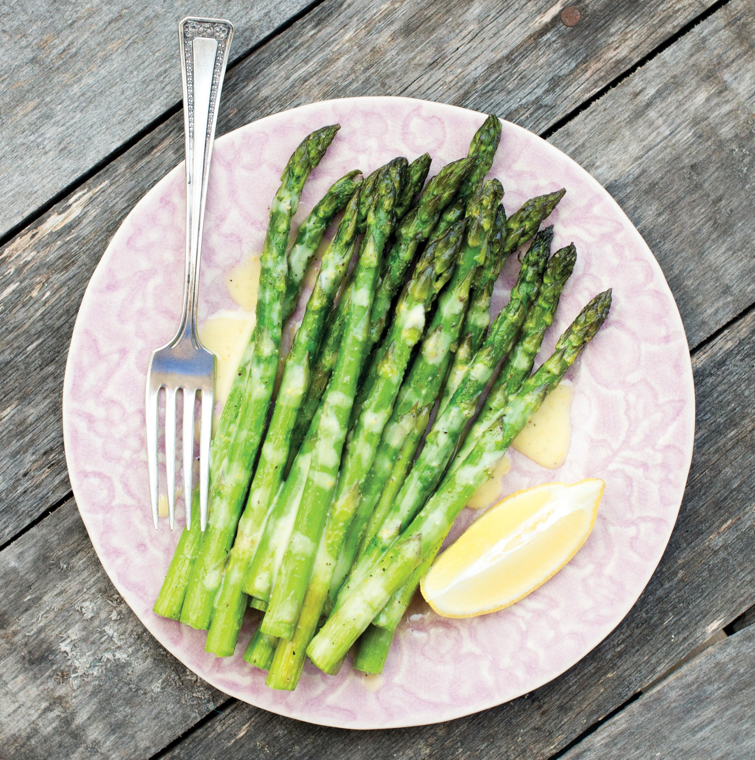 Roasted Asparagus with Lemon Sauce