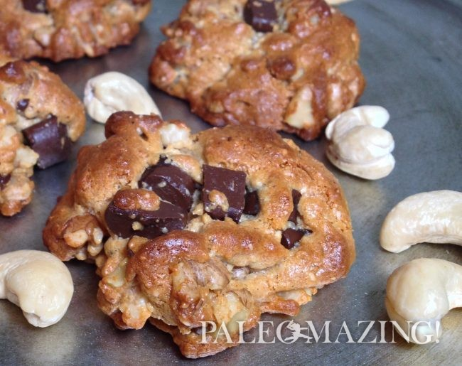 Cashew Chocolate Chip Cookies
