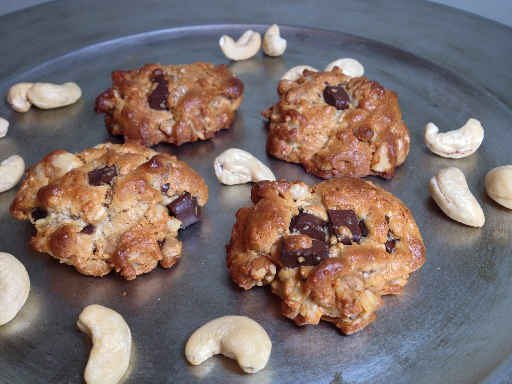 Macadamia Chocolate Chip Cookies 1