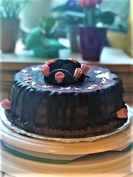 Paleo-Ganache-Chocolate-Cake-and-Ganache-2